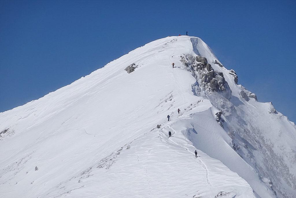 積雪期・唐松岳・唐松岳山頂・アップで