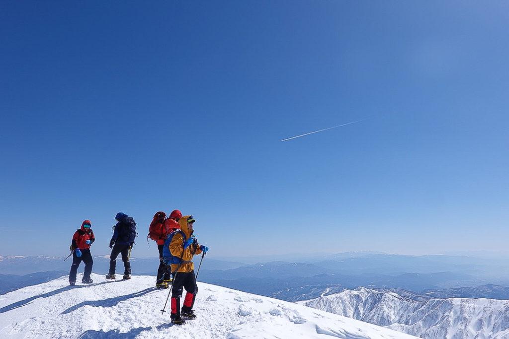 積雪期・唐松岳・今日はほんとにいい天気だにゃ~