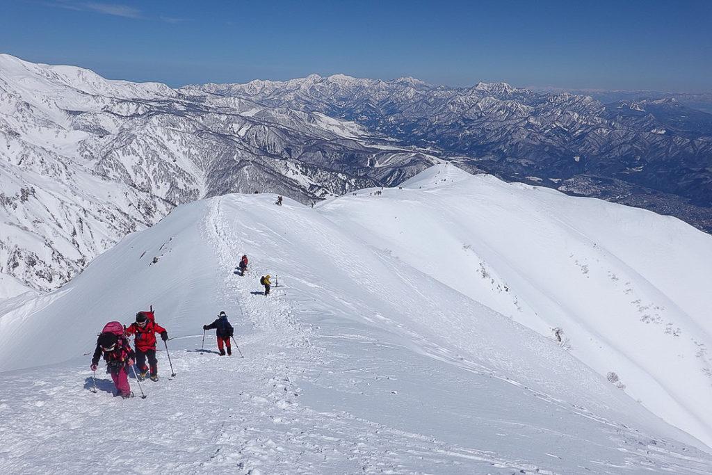 積雪期・唐松岳・丸山へ下山中