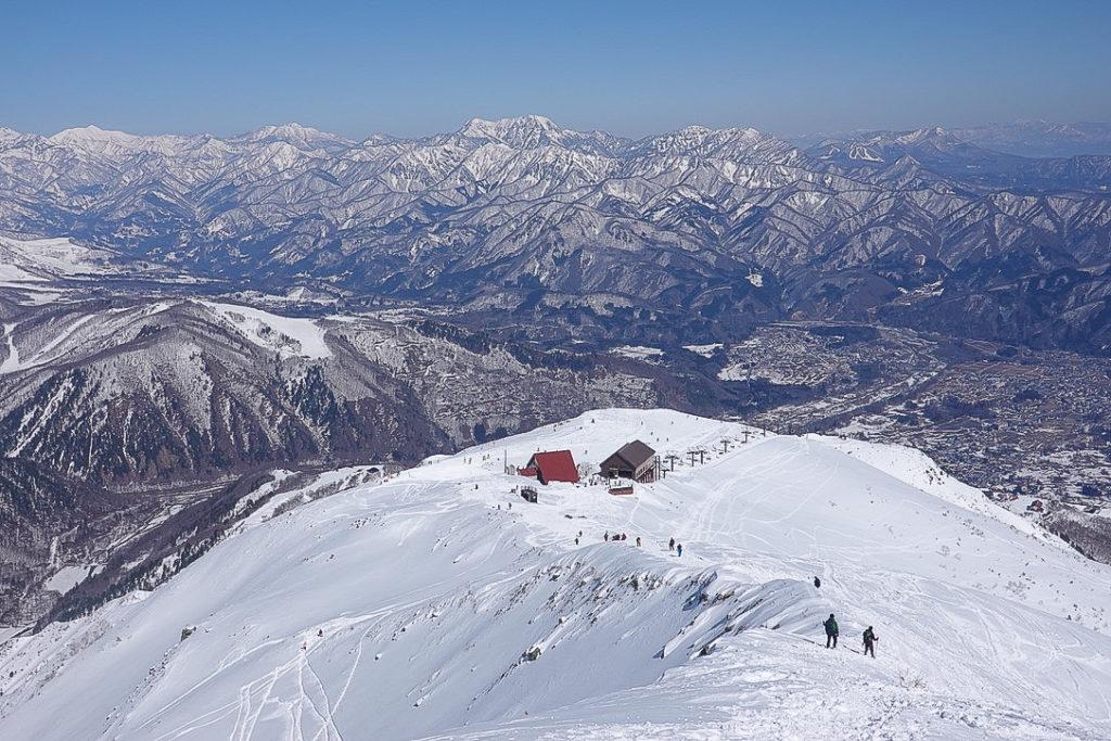 積雪期・唐松岳・八方池山荘へ下山完了