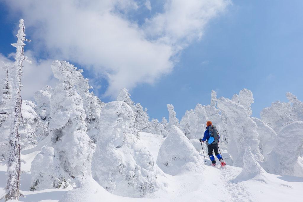 残雪期・西吾妻山・スノーモンスターの森へ