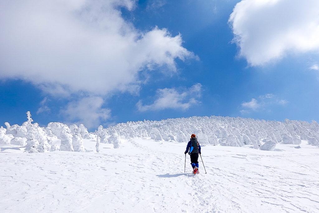 残雪期・西吾妻山・西吾妻山山頂へ