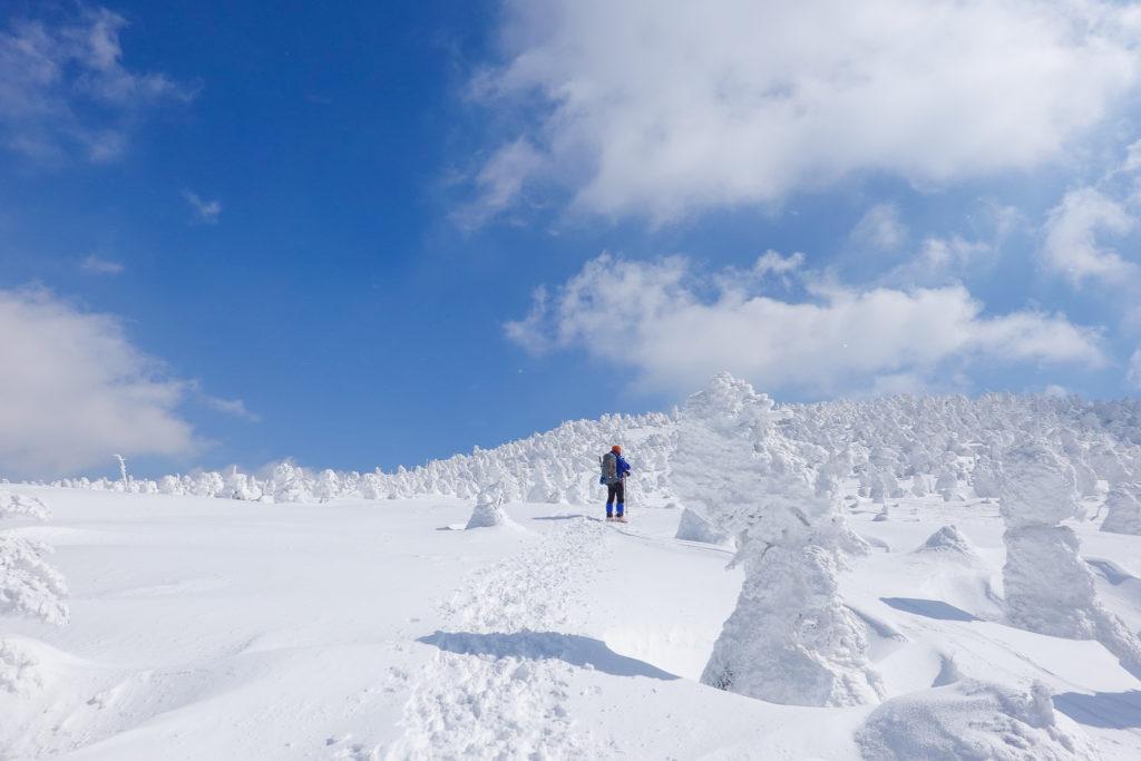 残雪期・西吾妻山・今年のモンスターは小ぶりらしい