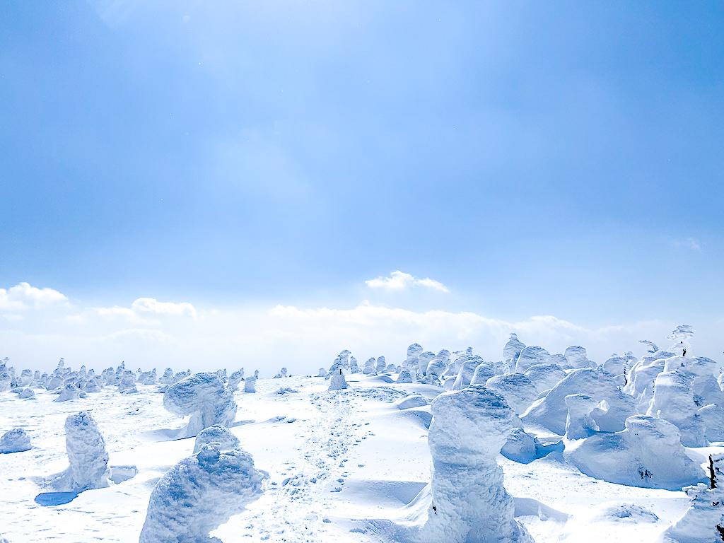 残雪期・西吾妻山・「ここはいったいどこなんだろう」別世界が広がる西吾妻山山頂