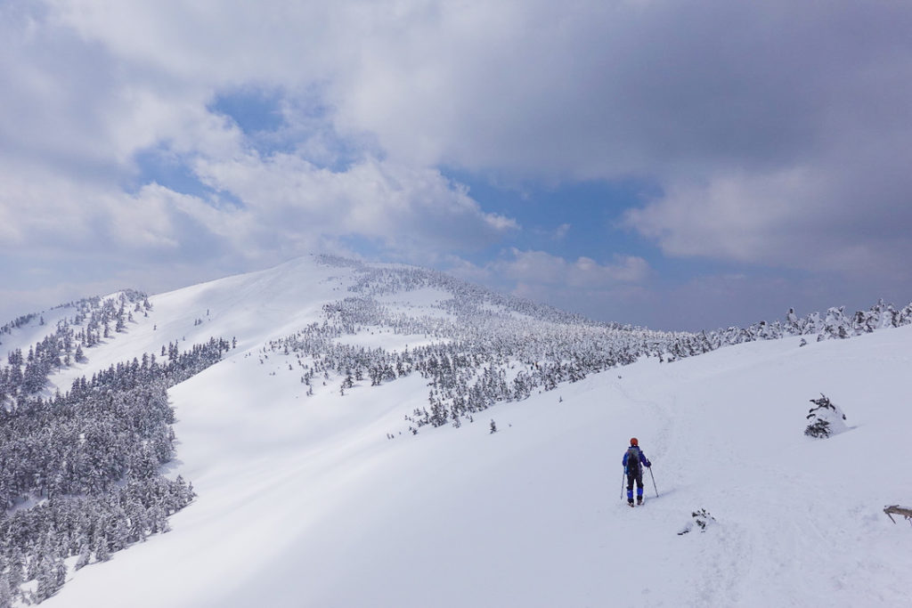 残雪期・西吾妻山・西吾妻山から西大巓へ