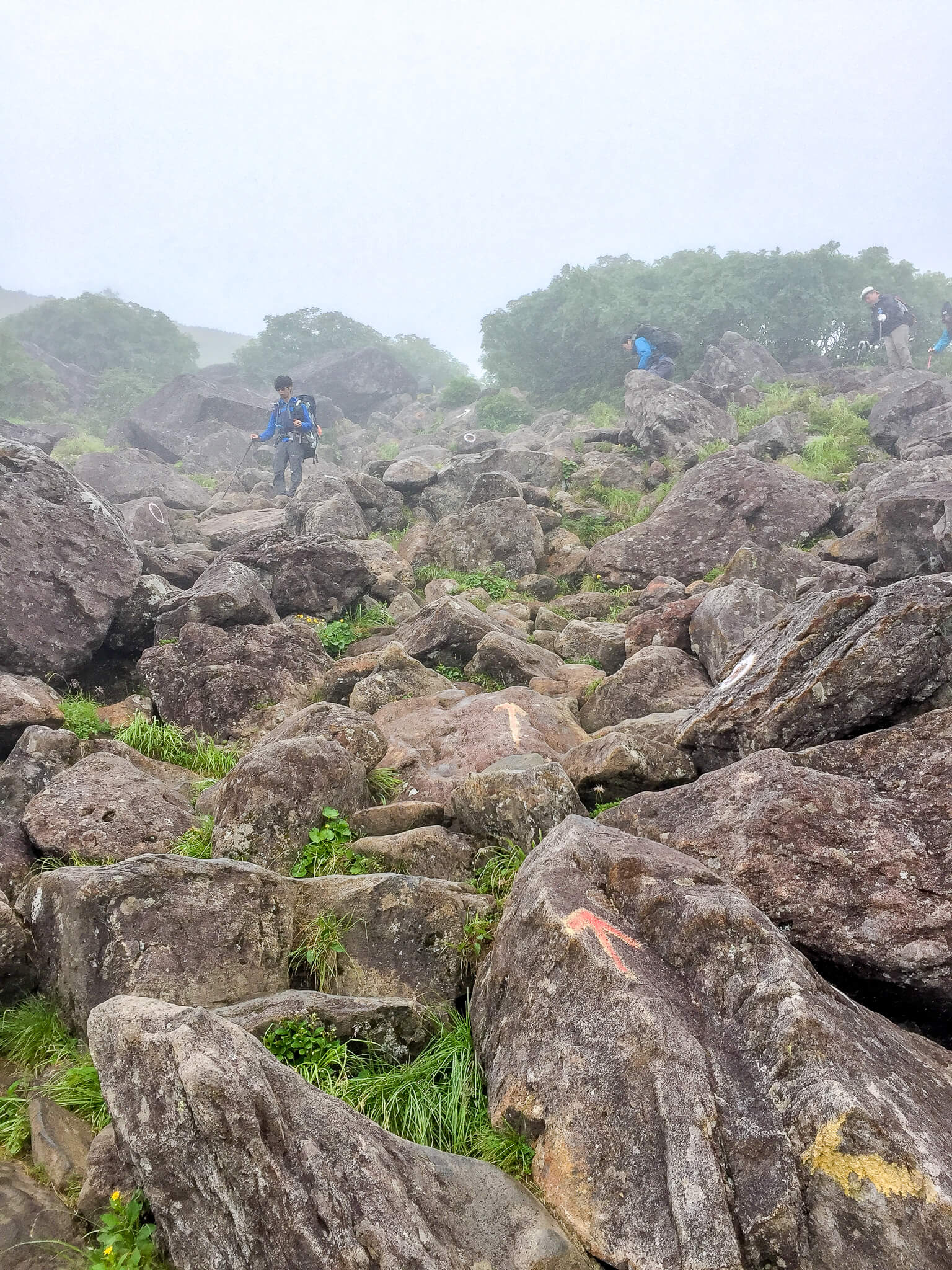 白馬岳・乗鞍岳から天狗原へ・岩場の難所