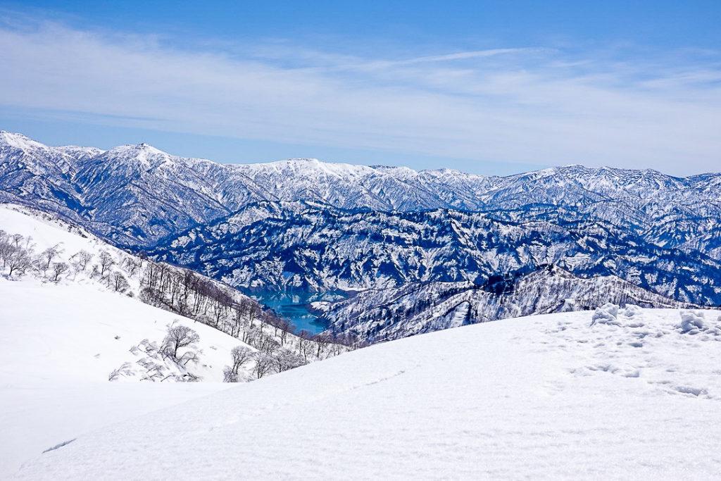 残雪期・日向倉山・奥只見湖