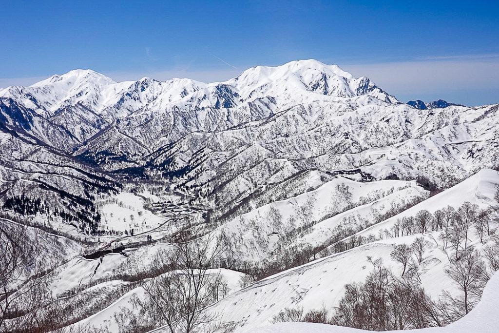 残雪期・日向倉山・見納め越後三山