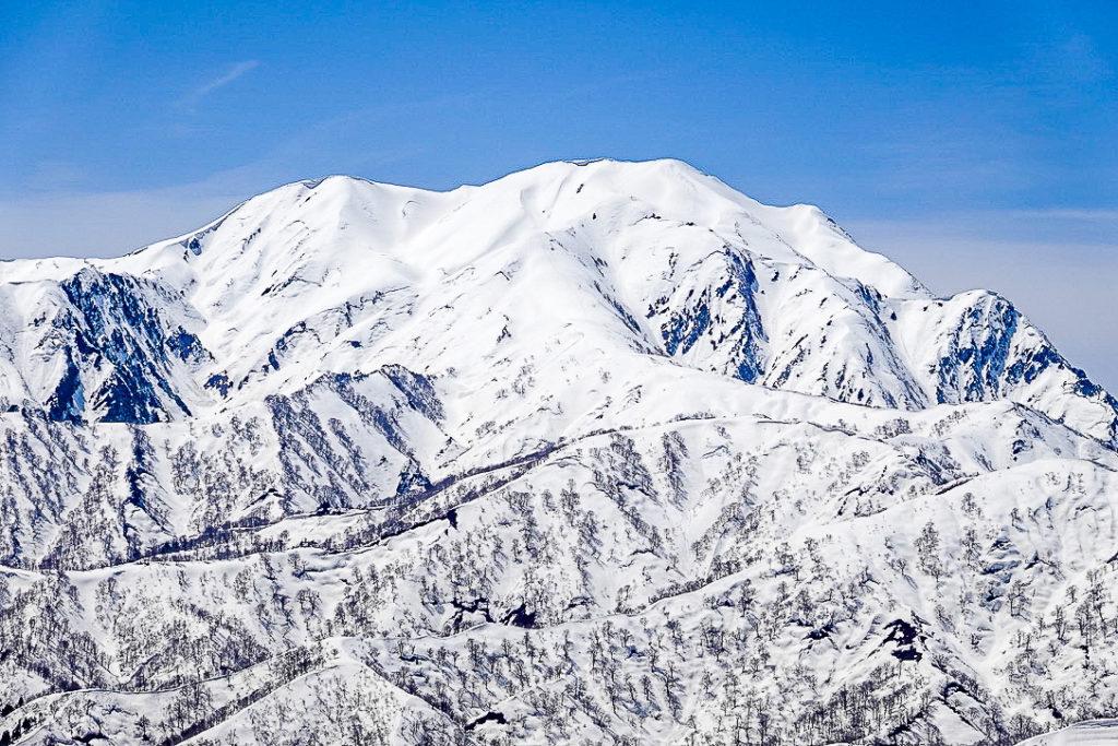 残雪期・日向倉山・越後駒ヶ岳(魚沼駒ヶ岳)
