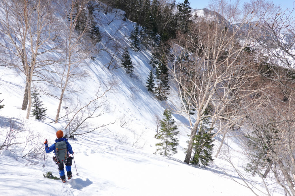 残雪期・日光白根山・トラバース道