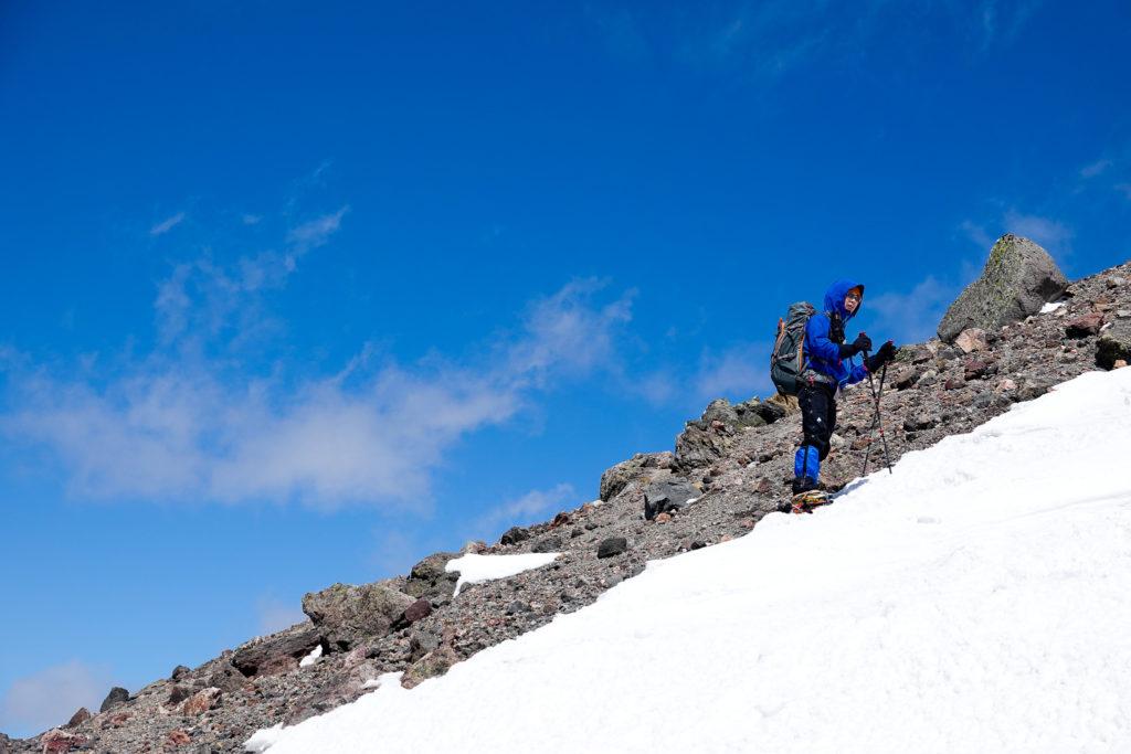 残雪期・日光白根山・ちょっと休憩