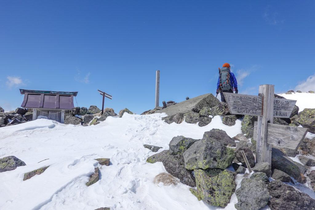 残雪期・日光白根山・奥白根神社