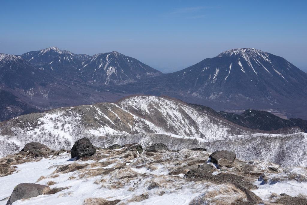 残雪期・日光白根山・男体山ファミリー(男体山、大真名子山、小真名子山、女峰山)
