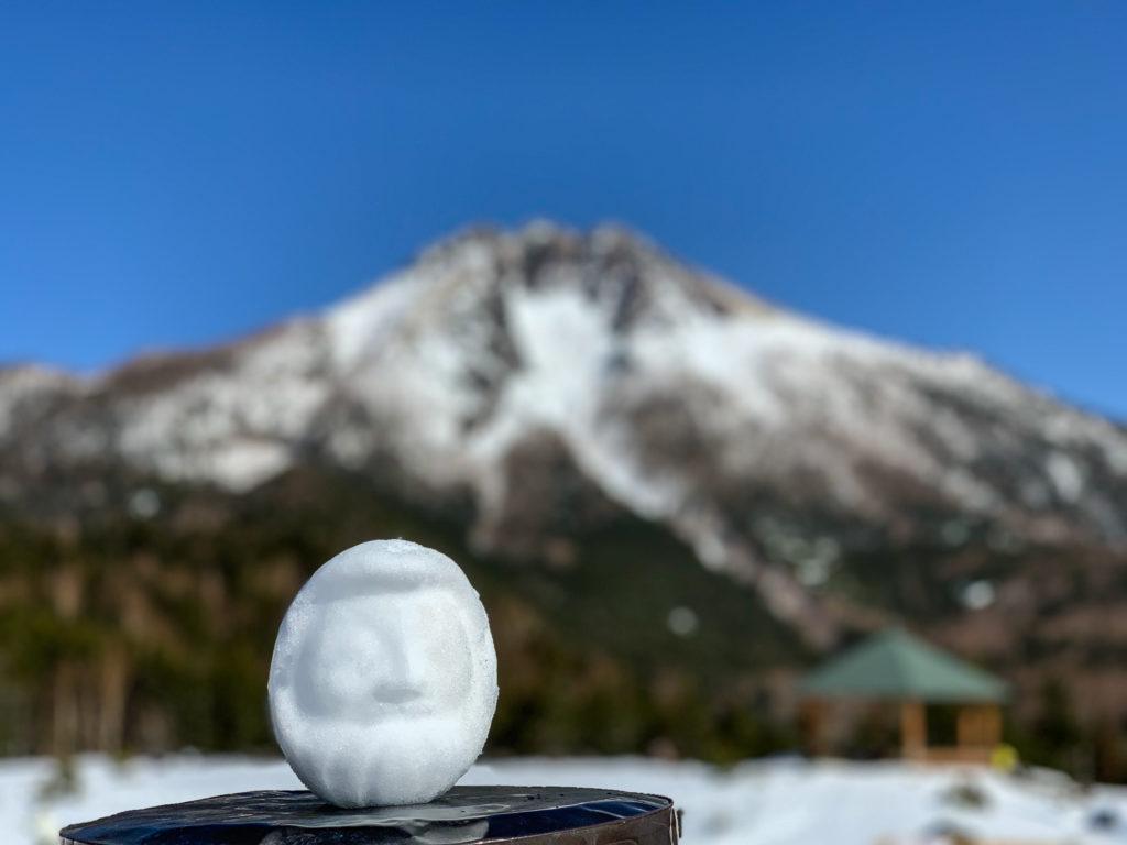 残雪期・日光白根山・日光白根山と雪だるま