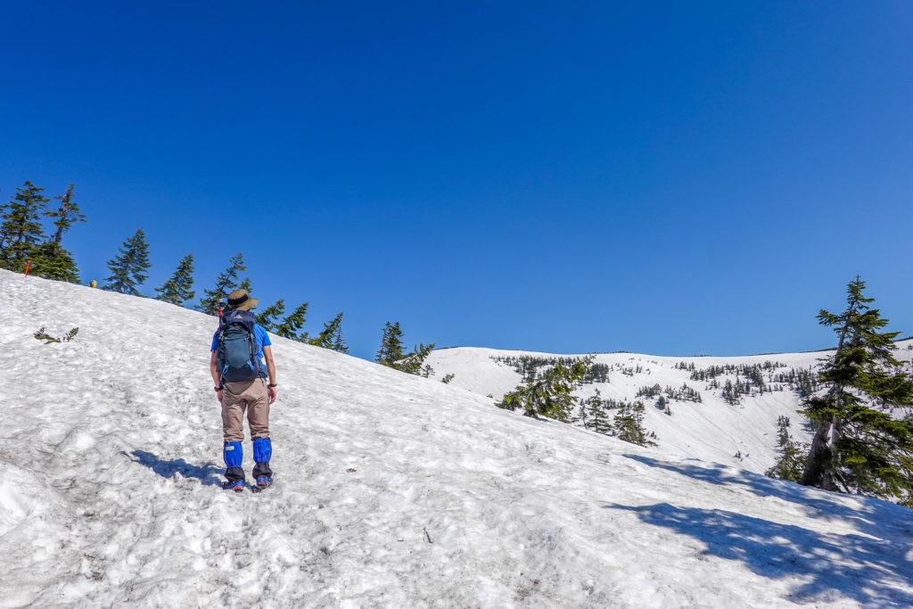 残雪期・会津駒ヶ岳・駒の小屋へ