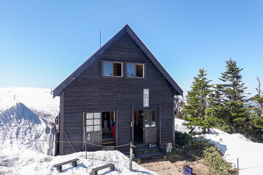残雪期・会津駒ヶ岳・駒の小屋