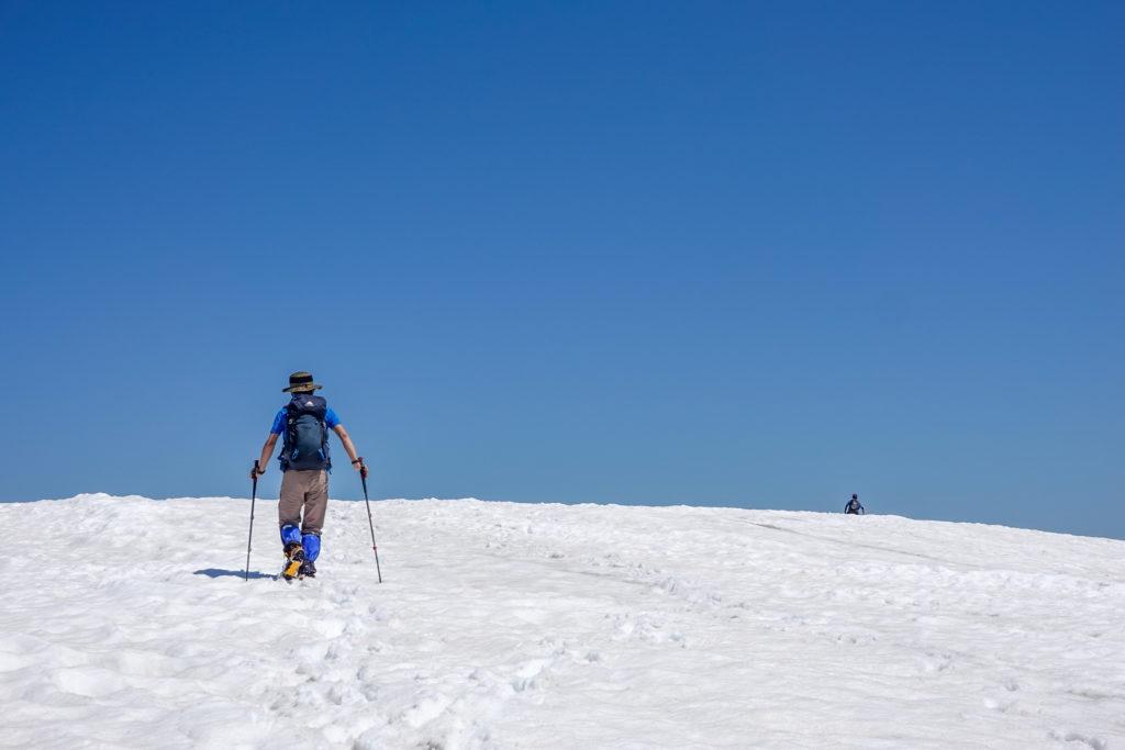 残雪期・会津駒ヶ岳・中門岳山頂へ、ラストアタック