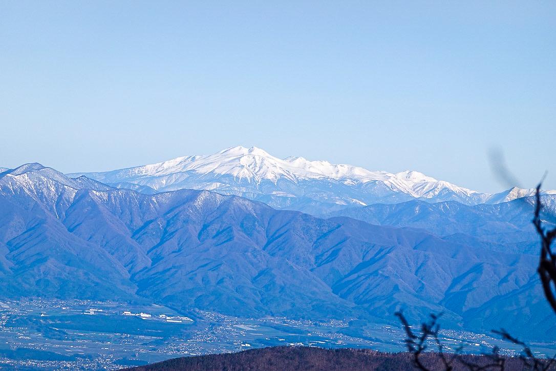 残雪期・甲斐駒ヶ岳・乗鞍岳かな?自信がない。。