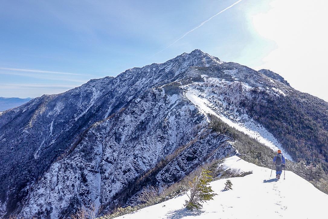 残雪期・甲斐駒ヶ岳・双児山から甲斐駒ヶ岳へ至る道