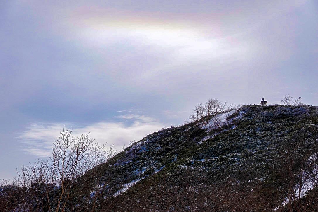 残雪期・甲斐駒ヶ岳・駒津峰からの環水平アーク?