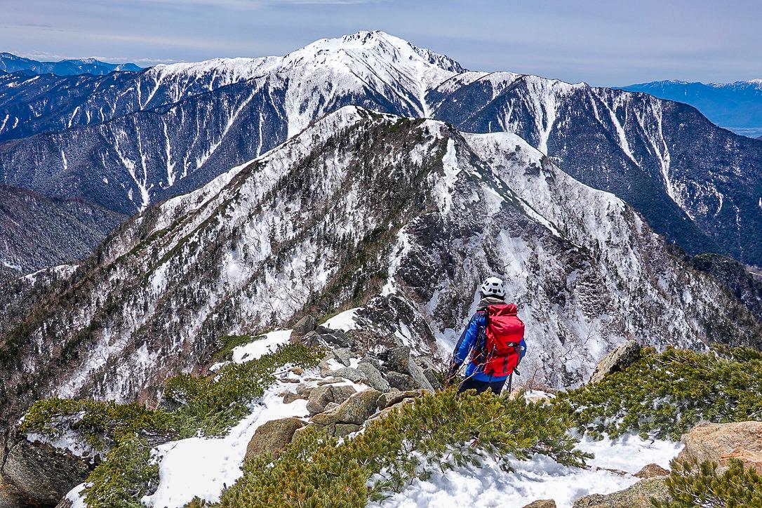 残雪期・甲斐駒ヶ岳・双児山と仙丈ヶ岳