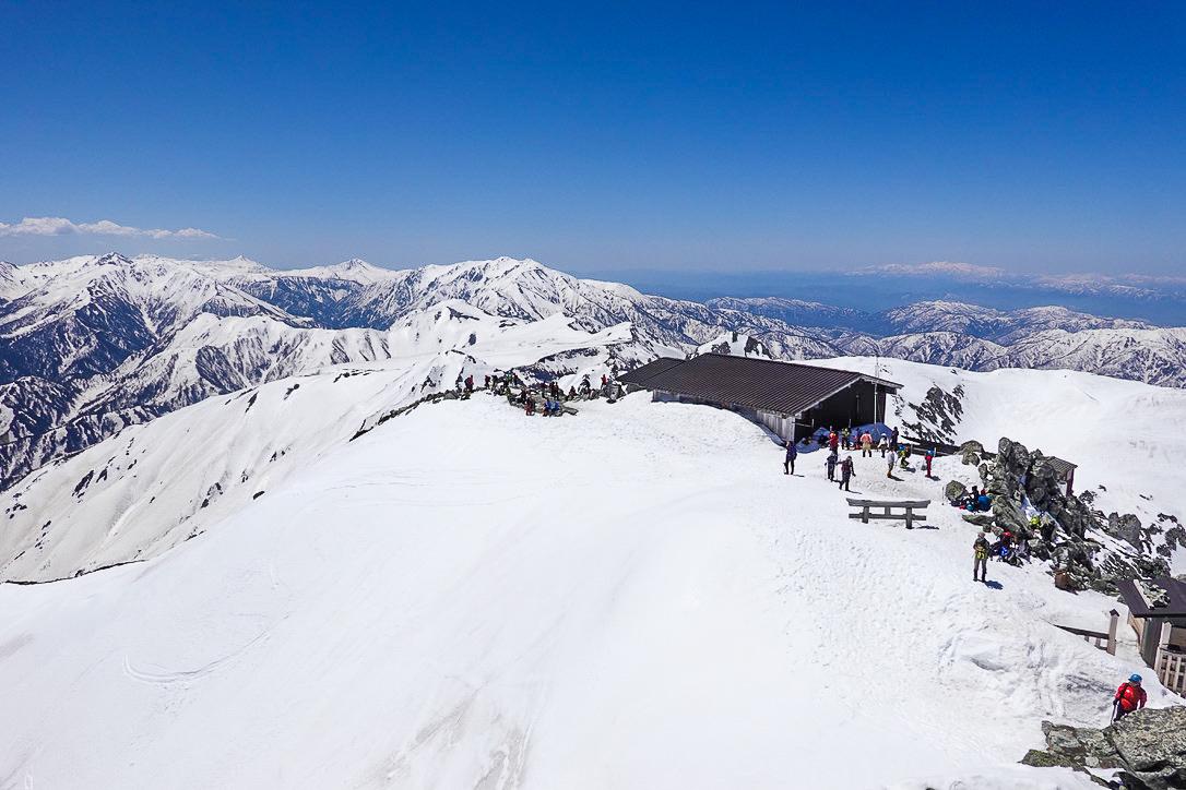 残雪期・立山(雄山)・雄山山頂からの展望