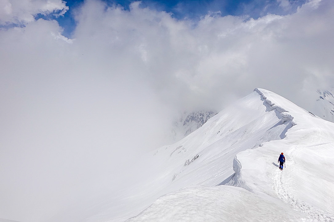 残雪期・奥大日岳・消えた剱岳