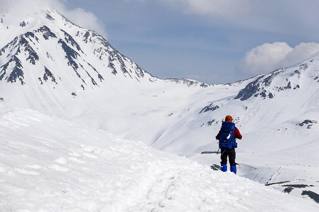 残雪期・奥大日岳・一の越、立山も雲の中