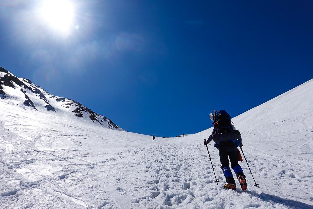 残雪期・立山(雄山)・一ノ越は急坂