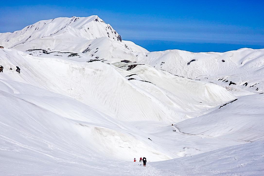 残雪期・立山(雄山)・一ノ越は急坂その2