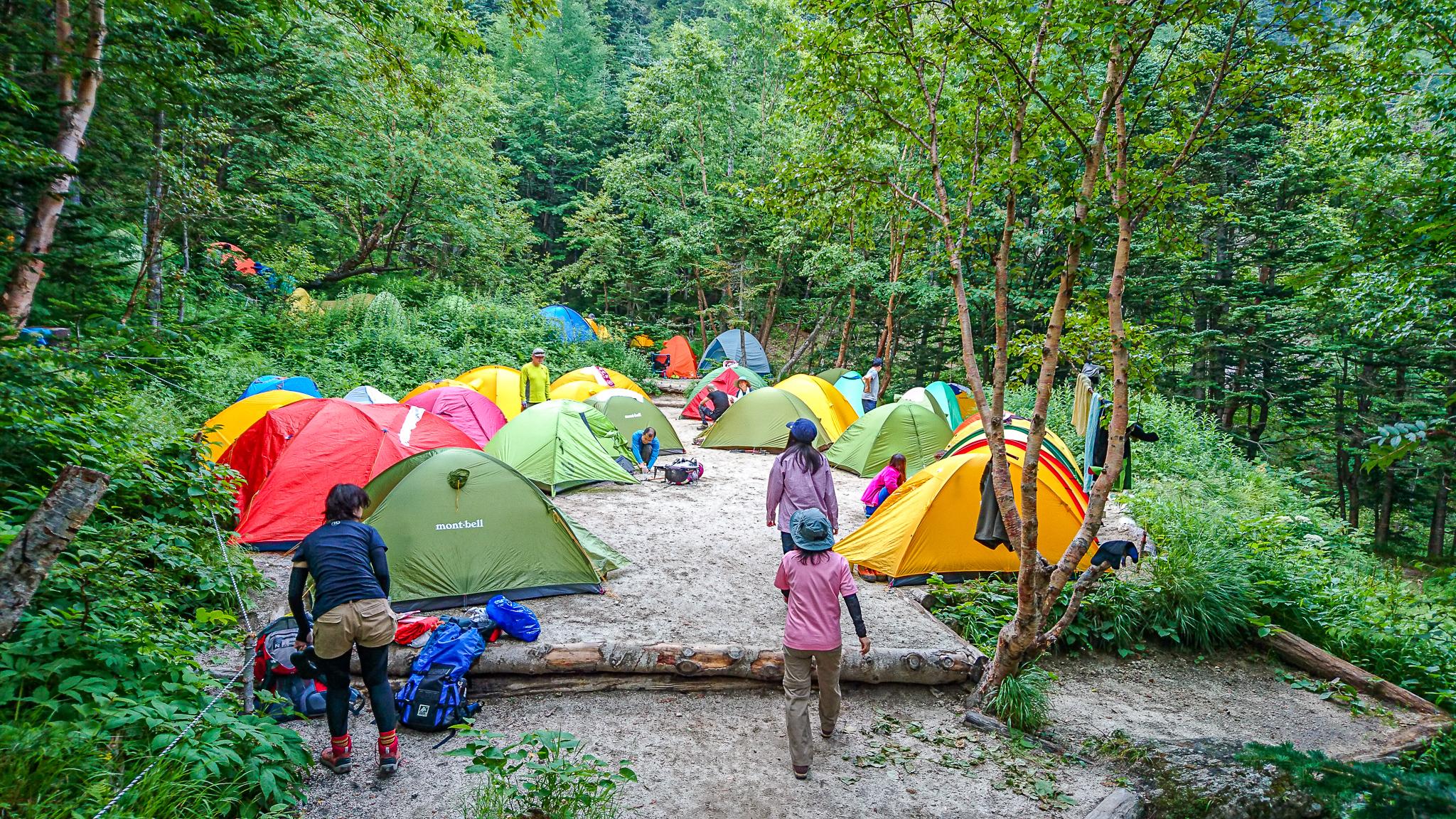 鳳凰三山・鳳凰小屋のテント場