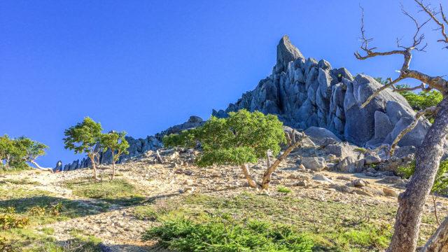 鳳凰三山・地蔵岳のオベリスク
