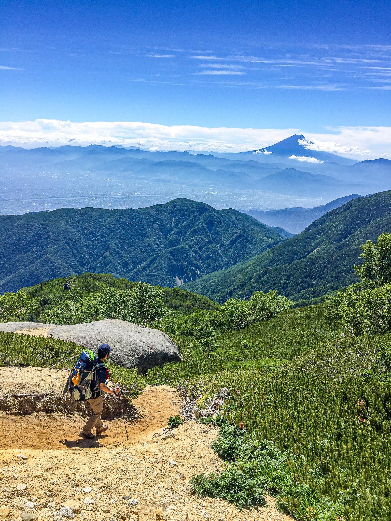 鳳凰三山・中道からの富士山