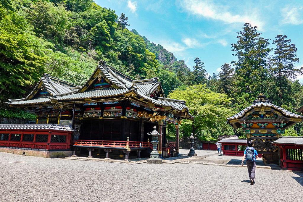 妙義山・表妙義(白雲山、相馬岳)・妙義神社南門から境内へ