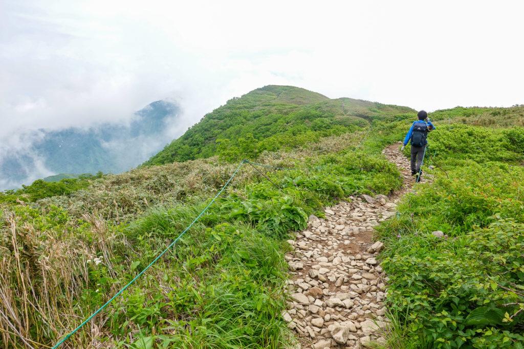 雨飾山・再びの笹平