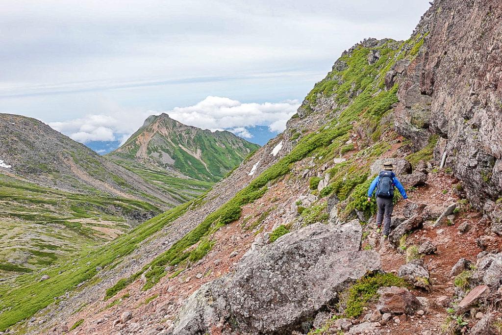 御嶽山・摩利支天乗越から摩利支天山山頂へ2