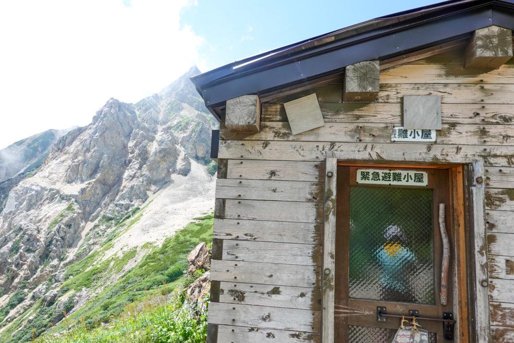 白馬岳・避難小屋