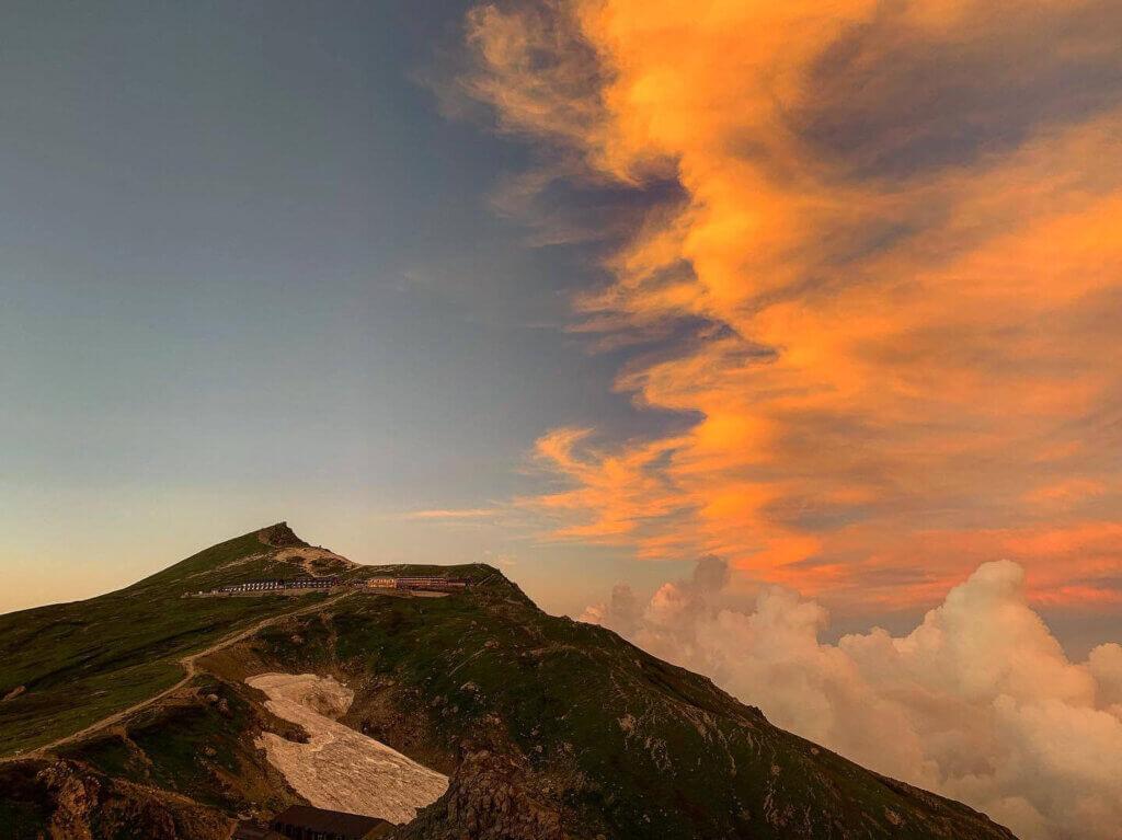 白馬岳・白馬岳に迫る雲