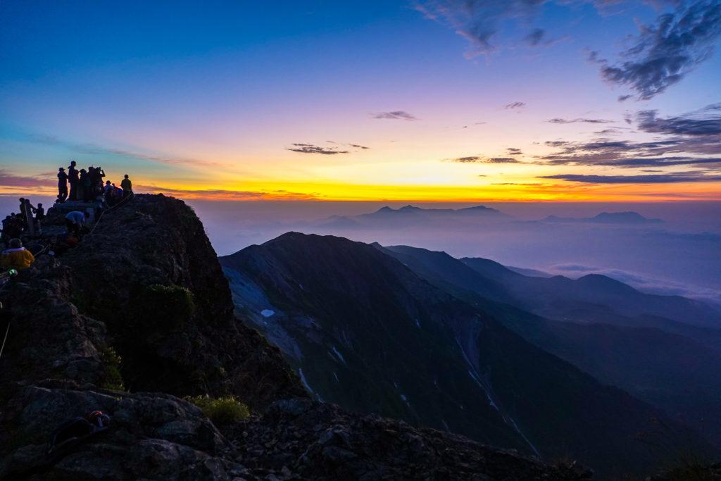 白馬岳・白馬岳山頂(日の出待ち)
