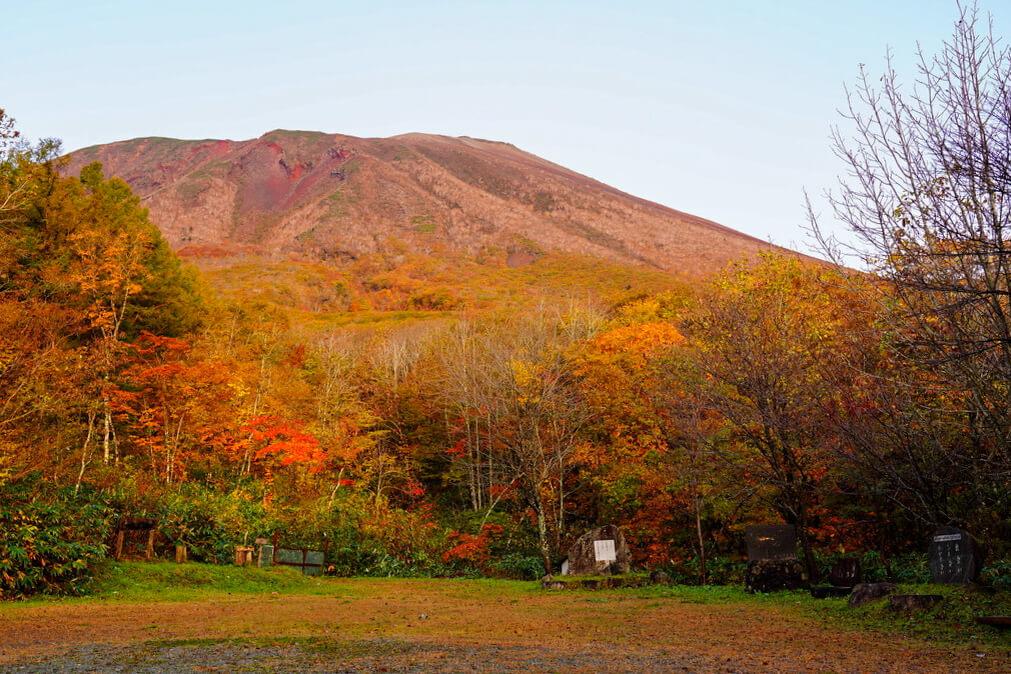 岩手山・馬返しキャンプ場から見た岩手山
