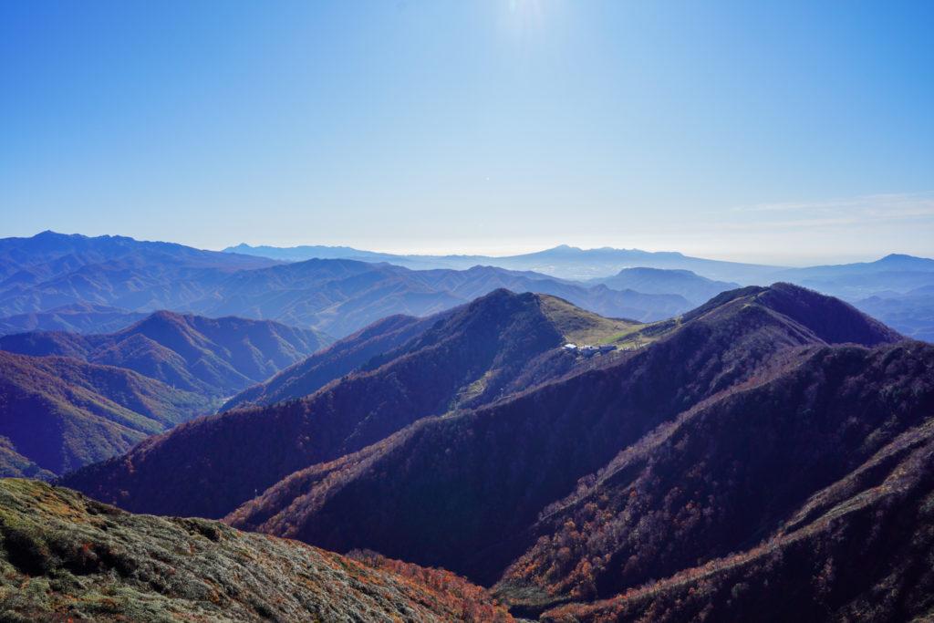 谷川岳・西黒尾根からの天神山、天神平