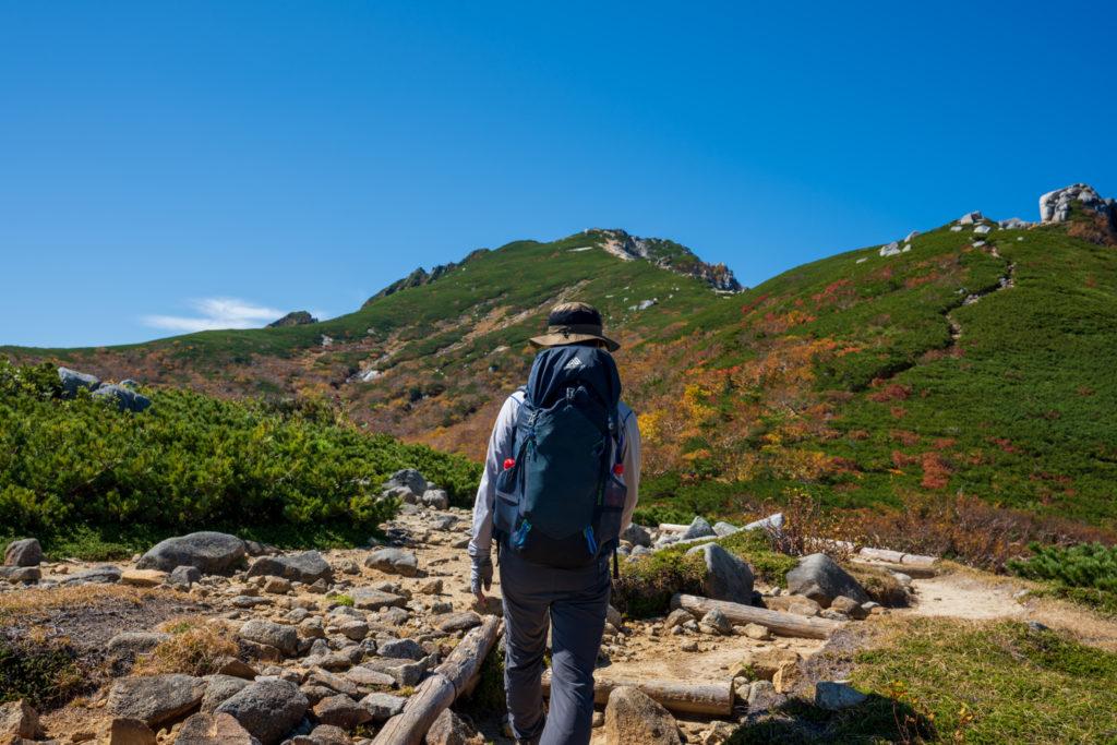 空木岳・駒石へ