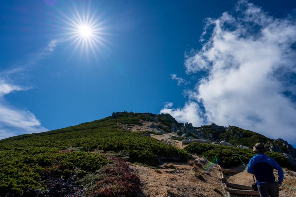 空木岳・サンサンと輝く太陽