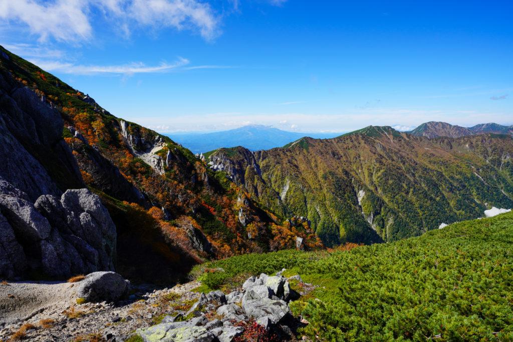 空木岳・空木岳から木曽駒ヶ岳へと続く稜線