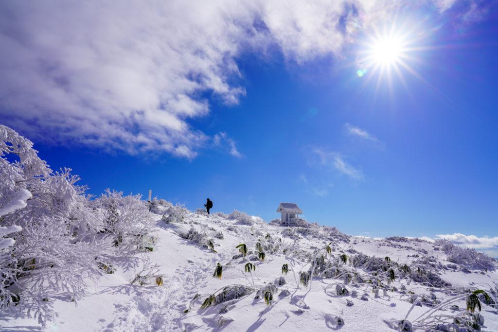 積雪期・荒島岳・荒島神社の社が見えた!