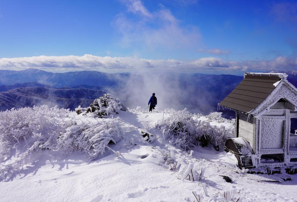 積雪期・荒島岳・少しだけ新・下山コースへ