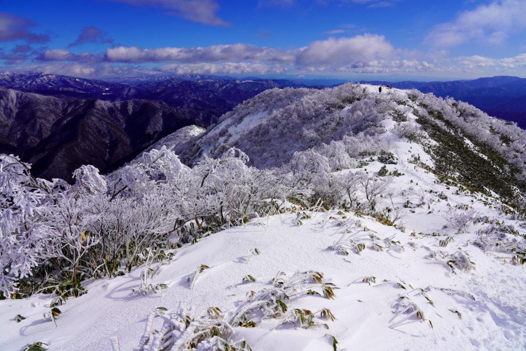 積雪期・荒島岳・新・下山(しもやま)コース