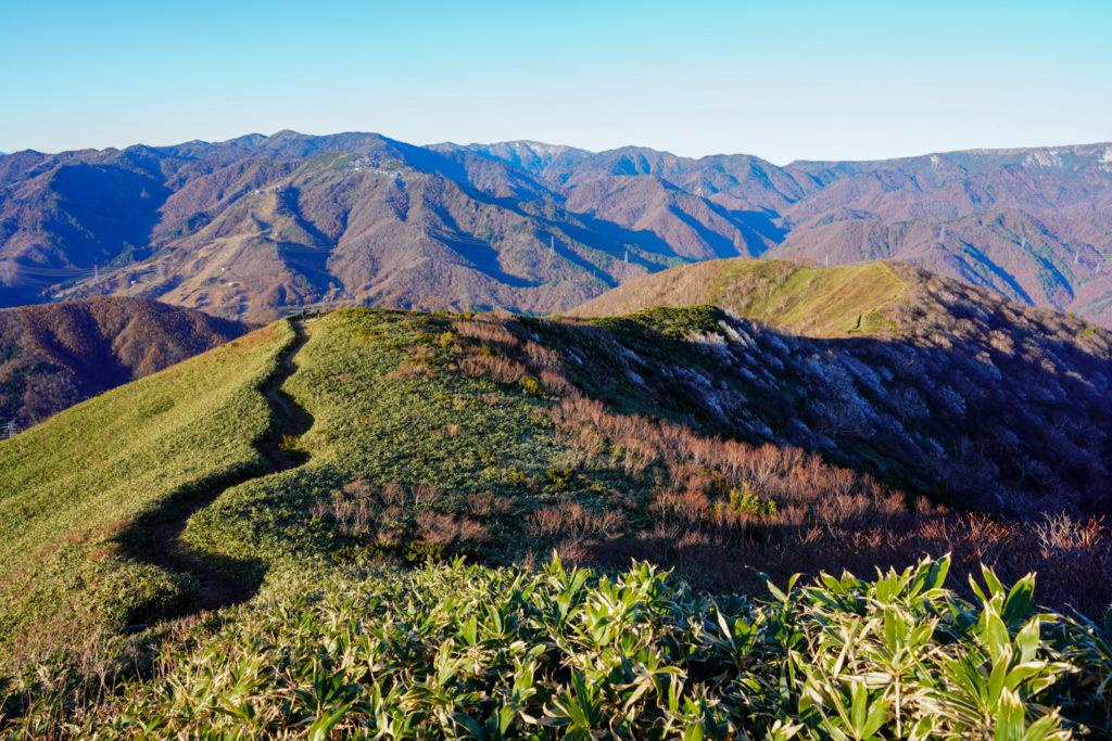 平標山・仙ノ倉山・松手山を振り返る