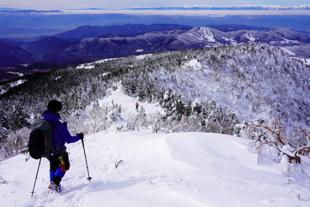 厳冬期・四阿山・下山を開始