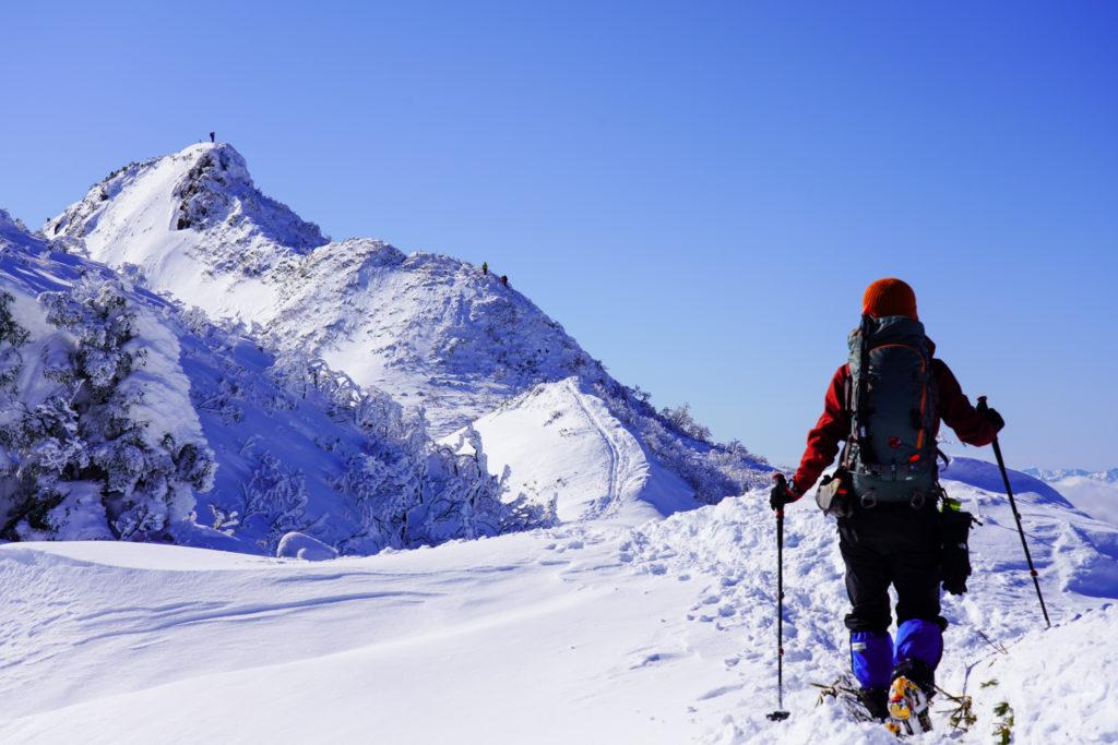 厳冬期・武尊山・剣ヶ峰山・快晴の2020m